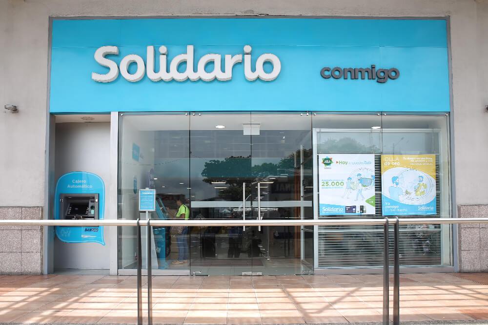 Banco Solidario – Mall del Sur